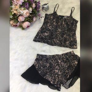 TAHARI Sexy Sleepwear with ruffle legs size S